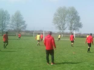 Με είκοσι ποδοσφαιριστές