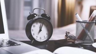 Αλλαγή ώρας 2021: Πότε γυρνάμε τα ρολόγια μας μια ώρα πίσω